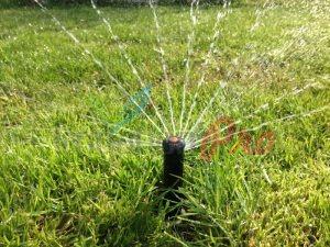 Поливна система и аериране на трева