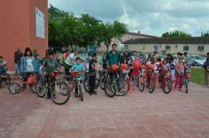 Дарени колела за деца